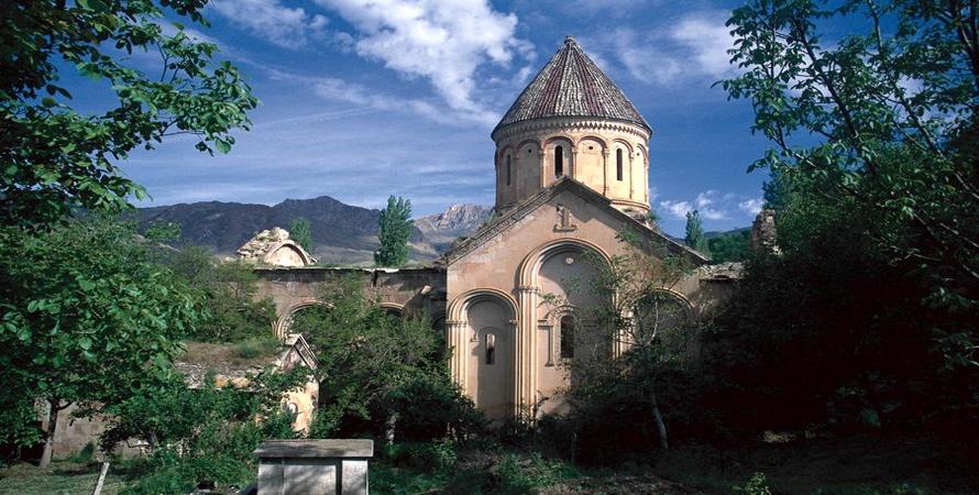 artvin işhan kilise